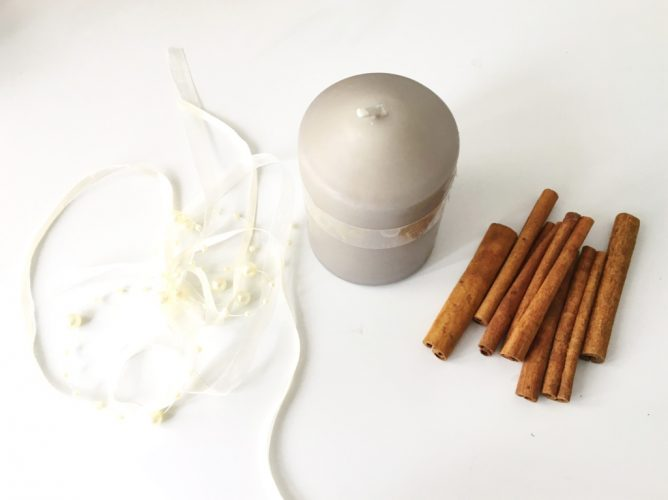 Cinnamon stick DIY candles2